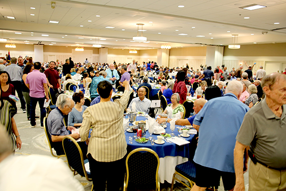 A huge crowd at the 2019 banquet Pima County Sports Hall of Fame